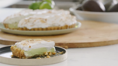 Chef Adam Liaw's avocado, lime and macadamia meringue pie